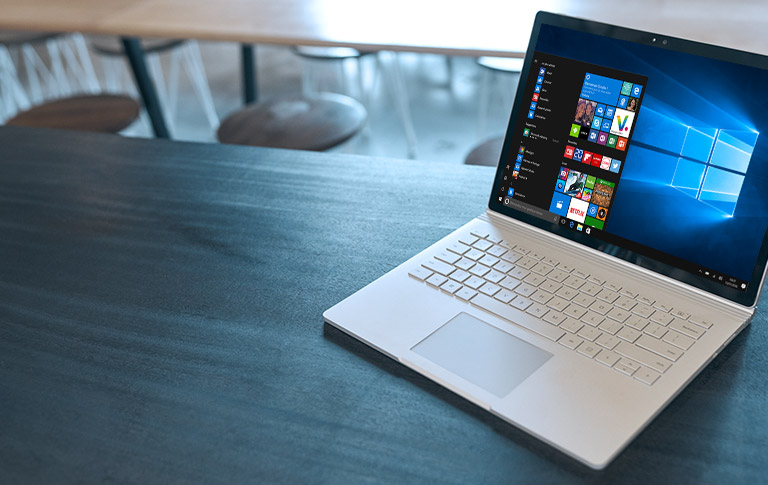 Un PC Windows 10 avec le menu démarrer