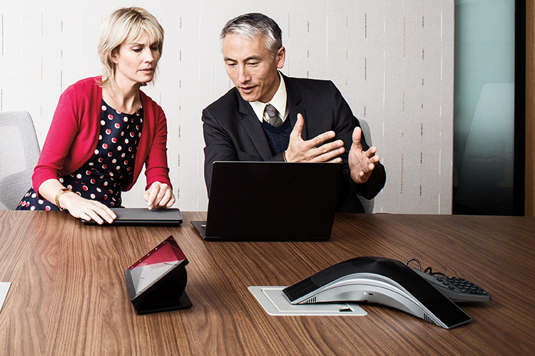 קבצים המוצגים ב- OneDrive בטלפון חכם ובמחשב Tablet
