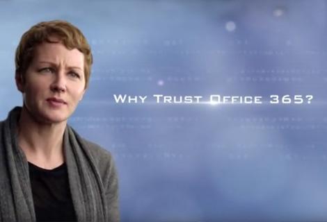 """इस वीडियो में, जुलिया व्हाइट ने """"Office 365 पर विश्वास क्यों करें?"""" इसका उत्तर दिया है"""