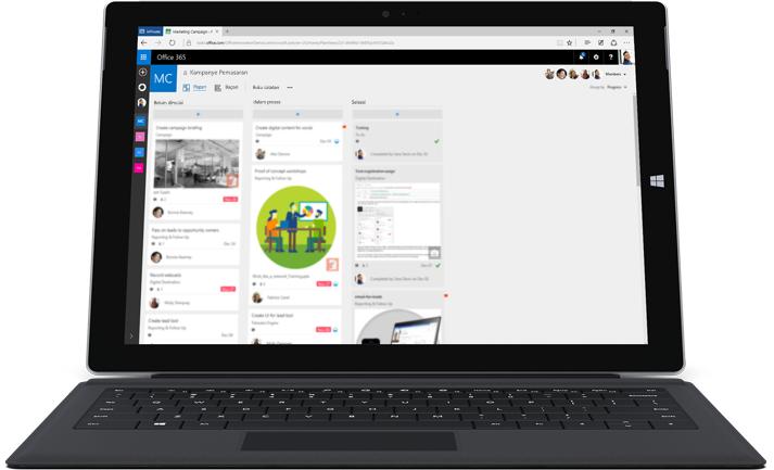 Laptop memperlihatkan Microsoft Planner yang sedang digunakan untuk mengelola kerja dan informasi tim.