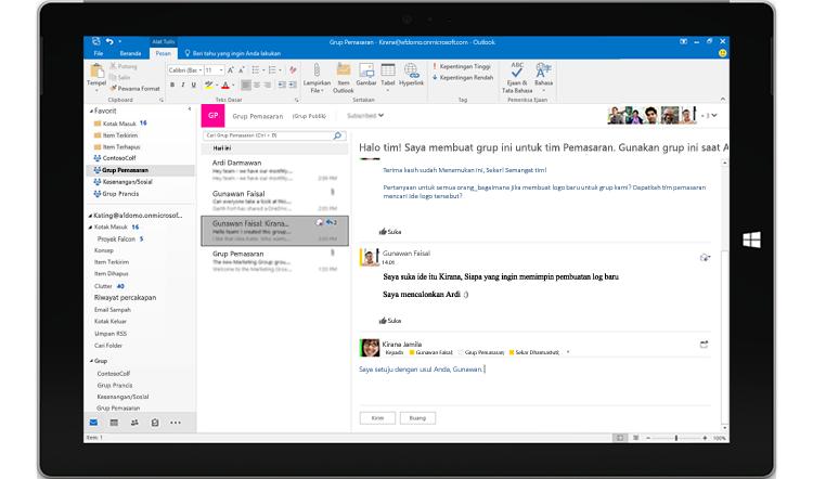 Layar tablet menampilkan percakapan grup di Outlook