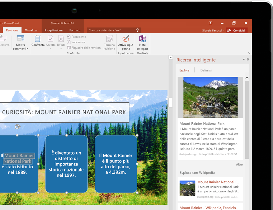 Tablet che visualizza Ricerca intelligente in PowerPoint