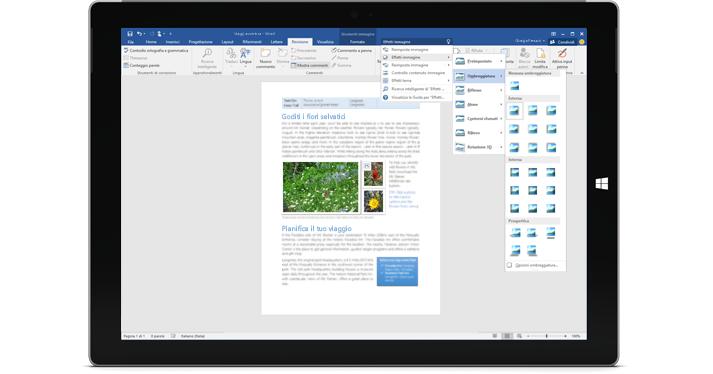 Surface che visualizza la nuova caratteristica Aiutami in un documento di Word.