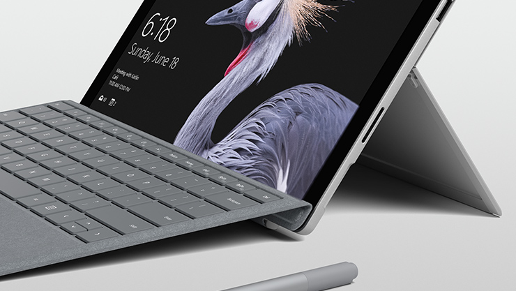 Surface Book con schermo sganciabile
