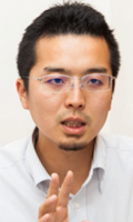 写真:株式会社イントロンワークス 専務取締役 新規事業開発担当役員 常間地 悟 氏
