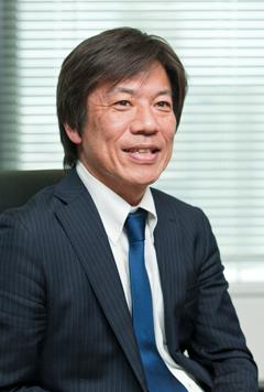 日本ビジネスシステムズ株式会社 システムインテグレーション統括本部 マネージドサービス本部 ライセンスソリューション部 アシスタントマネージャー 井先 孝文 氏