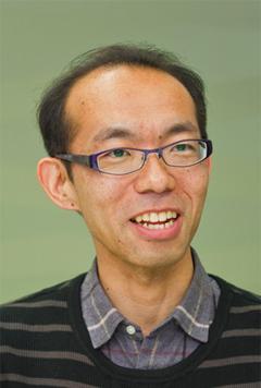 写真:国立研究開発法人 理化学研究所 情報基盤センター バイオインフォマティクス研究開発ユニット センター技師 松嶋 明宏 氏