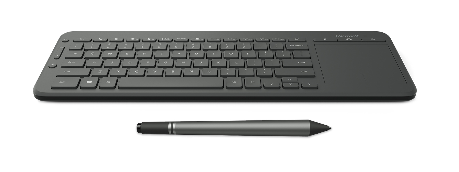 Surface Hub に同梱のキーボードとペン。