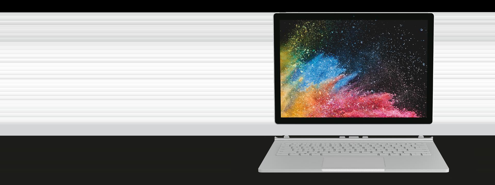 13.5 インチ PixelSense™ ディスプレイ搭載 Surface Book 2