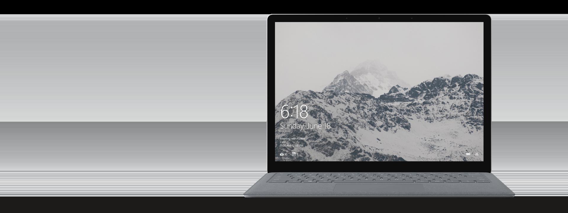 プラチナの Surface Laptop