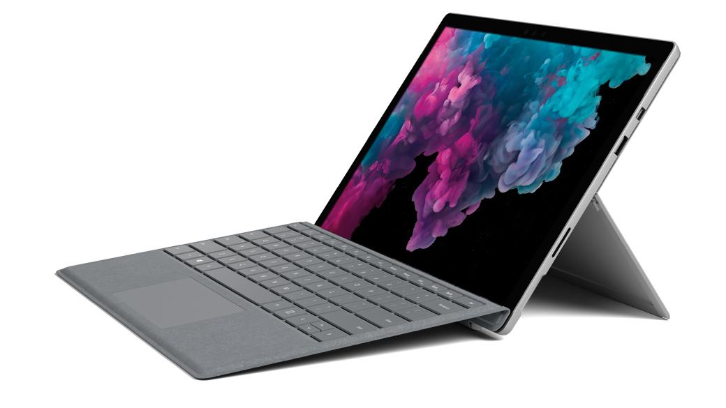 プラチナの Surface Pro 6