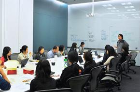 シンガポールでの教育風景の図