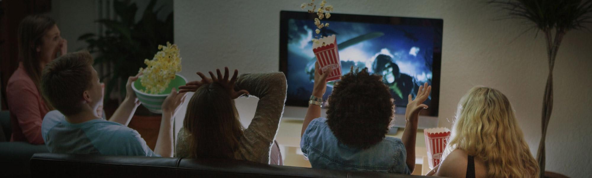 どこにいても最新の映画とテレビ番組を視聴する