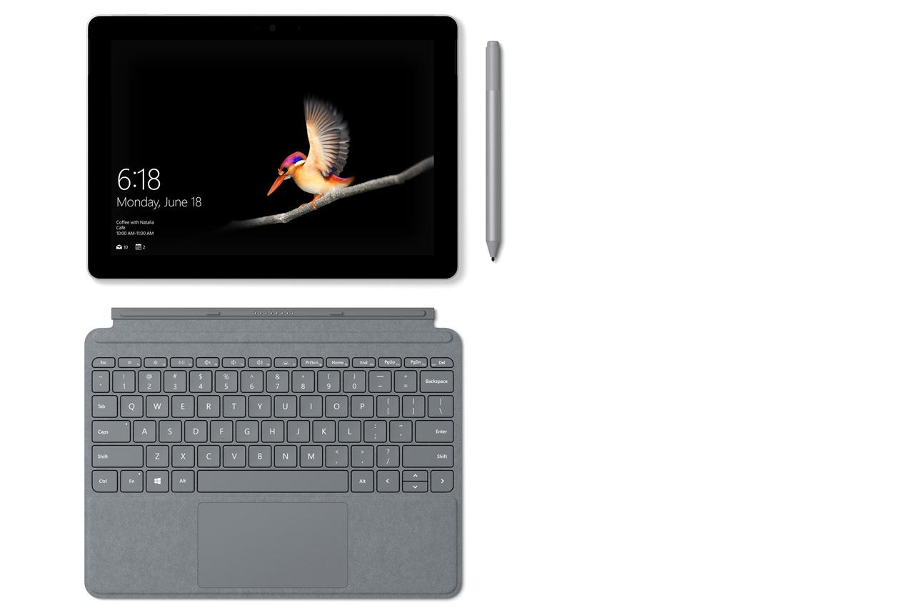 Surface 타이핑 커버 및 Surface 펜과 함께 있는 Surface Go