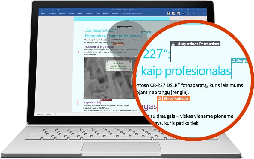 """Nešiojamasis kompiuteris, kuriame rodoma, kaip keli vartotojai bendrai dirba su """"Word"""" dokumentu"""