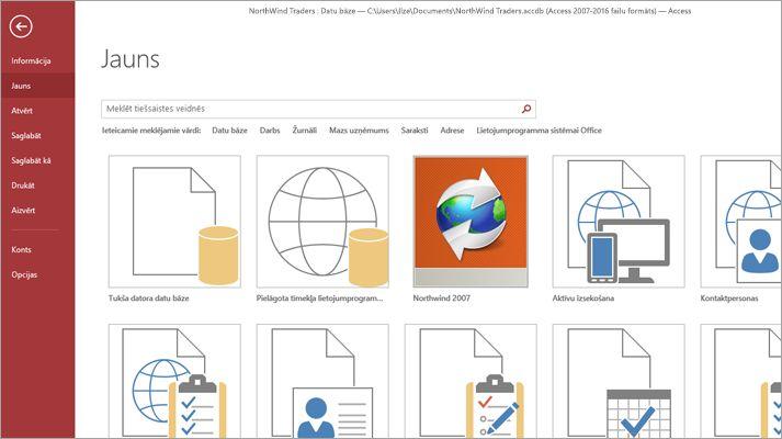 Jaunas datu bāzes ekrāns programmā Microsoft Access.