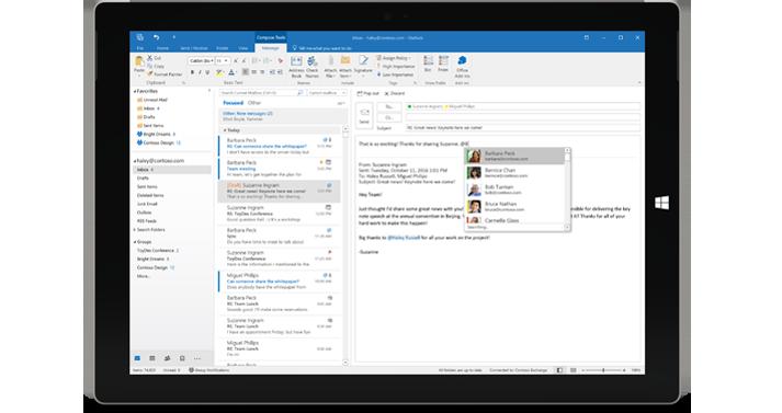Planšetdators, kurā redzama iesūtne bez reklāmām, un Office365.