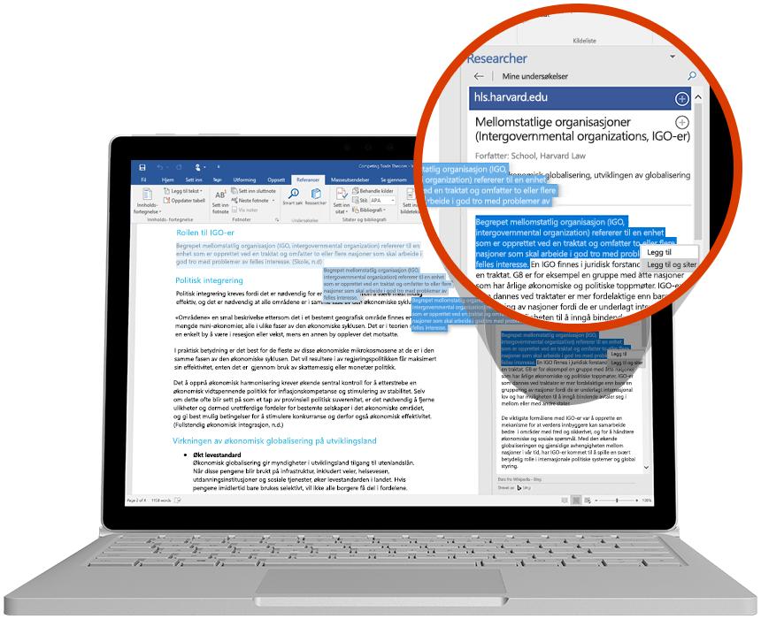 Bærbar datamaskin som viser bruk av Researcher i et Word-dokument
