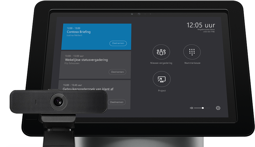 Apparaat waarop een vergaderschema wordt weergegeven naast een audio-video-randapparaat