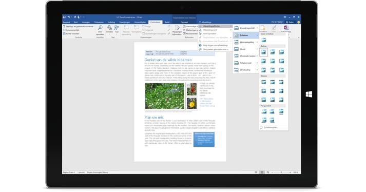 Een Surface met de nieuwe Uitleg-functie in een Word-document.