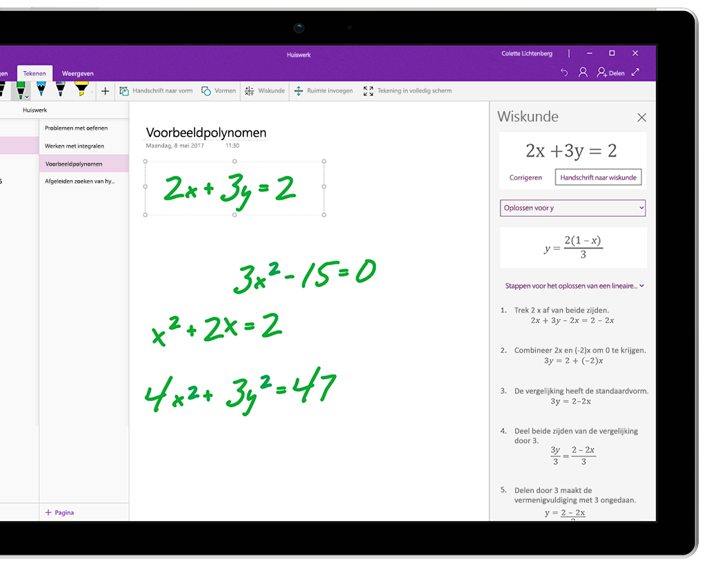 Verschillende handgeschreven vergelijkingen in OneNote op een Surface-tablet