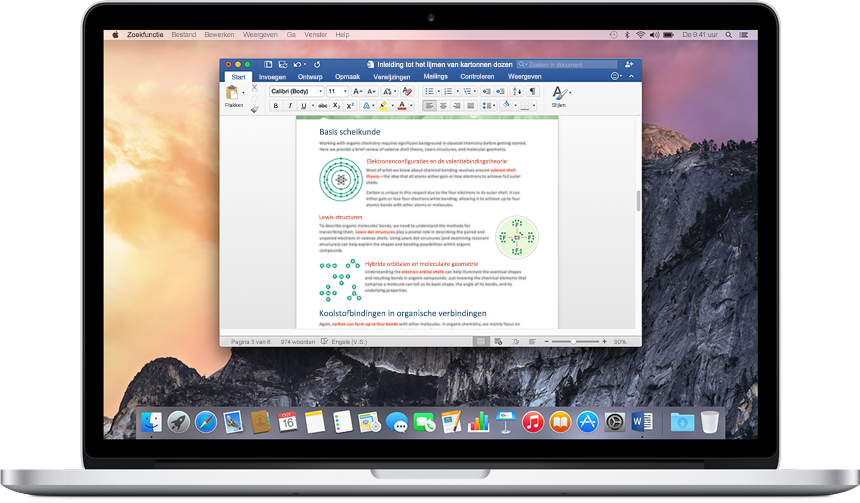 Een MacBook met een Word-document geopend op het startscherm