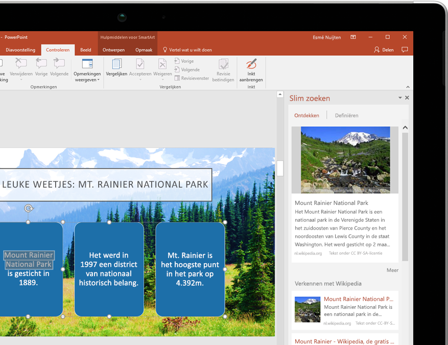 Een tablet met Slim zoeken in PowerPoint