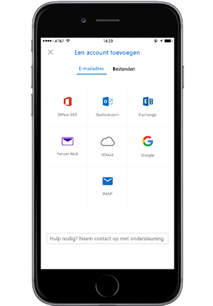 Een smartphone met het scherm voor het toevoegen van een account in Outlook Mobile