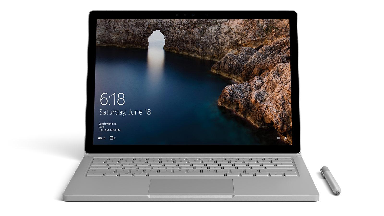 Surface Book van voren gezien met afbeelding van een ijsberg geopend in Photoshop