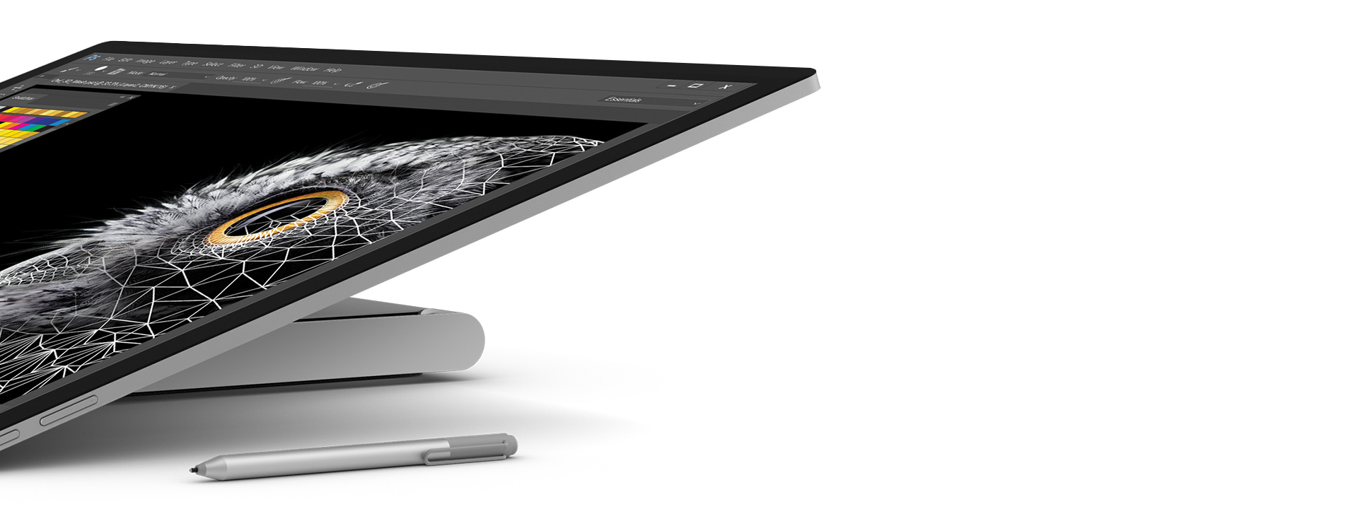 Close-up van Surface Studio in studiomodus met Surface-pen ernaast.