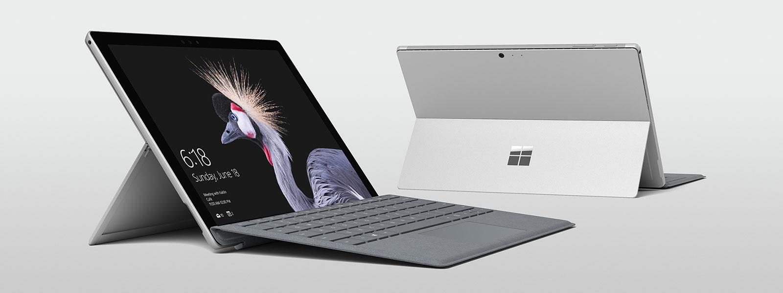 Groepsafbeelding van alle Surface-apparaten