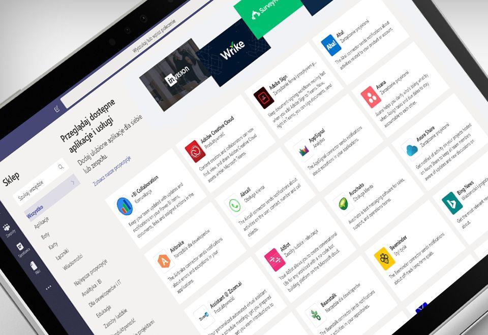 Ekran laptopa z wyświetloną aplikacją Microsoft Teams
