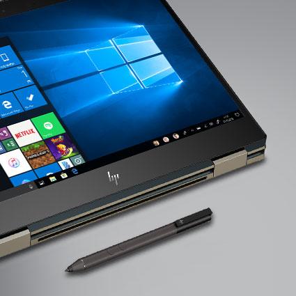 Komputer z systemem Windows 10 razem z piórem cyfrowym