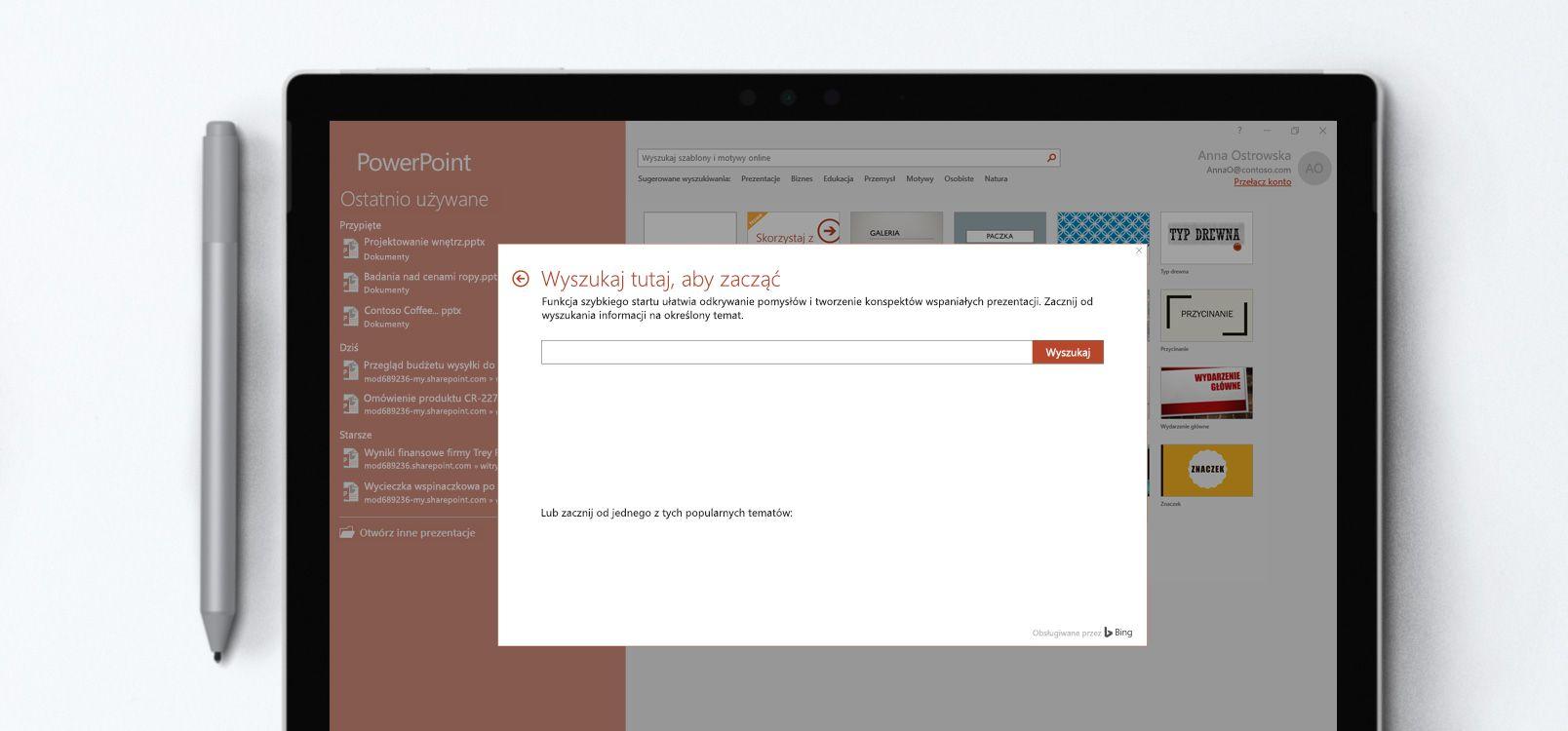 Ekran tabletu przedstawiający dokument programu PowerPoint, w którym jest używana funkcja Szybki start