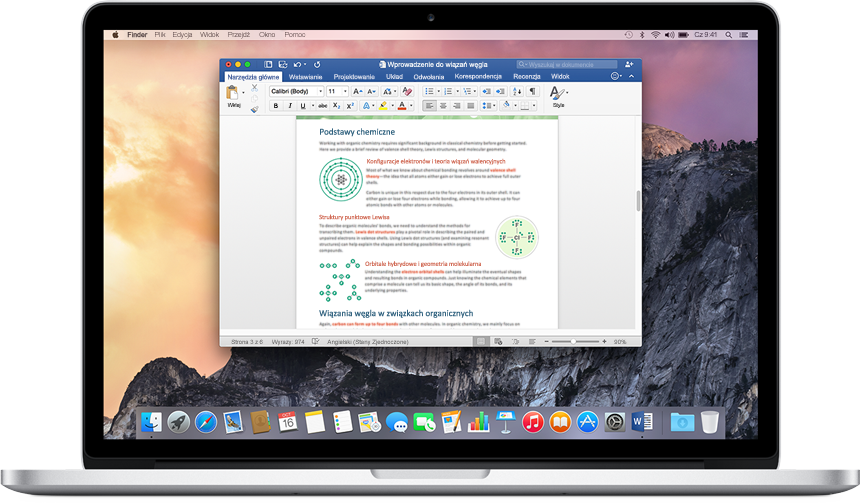 Komputer MacBook z otwartym dokumentem programu Word na ekranie głównym — dowiedz się więcej na temat aplikacji i funkcji pakietu Office dla komputerów Mac.