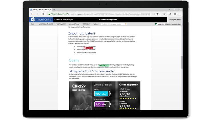 Zrzut ekranu przedstawiający dokument edytowany przez wielu autorów jednocześnie w aplikacji Word Online