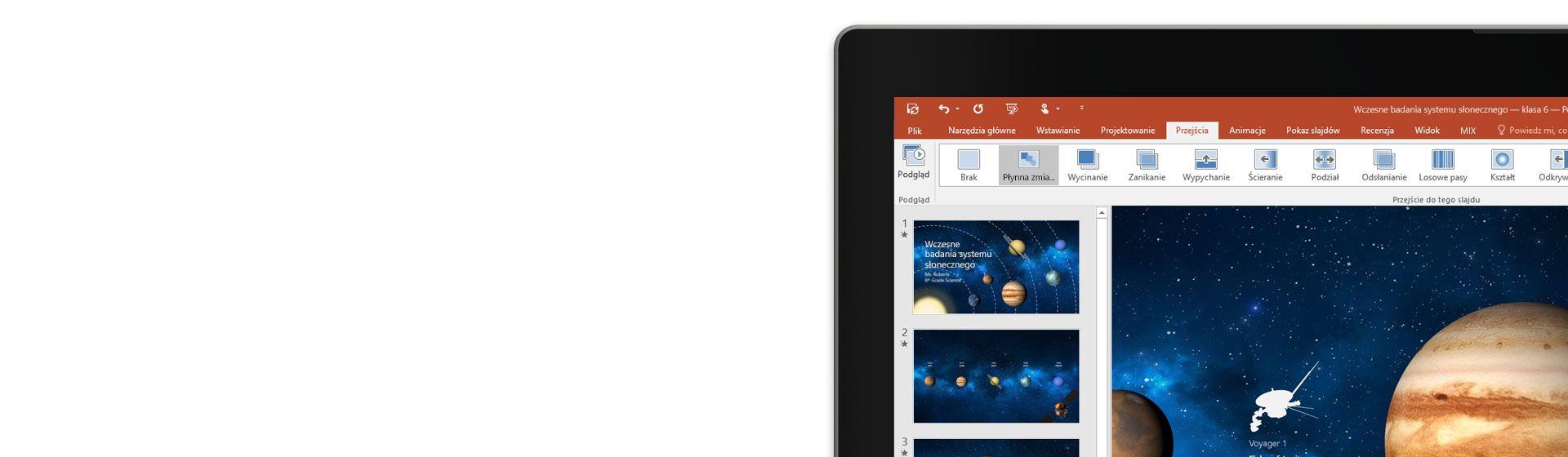 Ekran tabletu prezentujący funkcję Płynna zmiana na slajdzie programu PowerPoint.