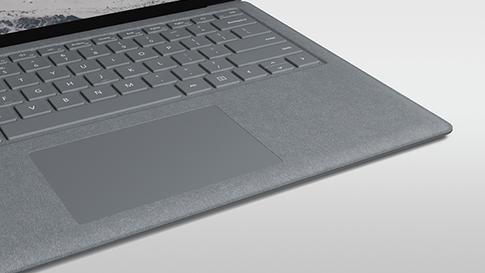 Klawiatura Surface Keyboard pokryta materiałem Alcantara.