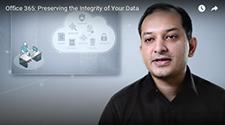 Imagem de Rudra Mitra falando sobre proteção de dados no Office 365