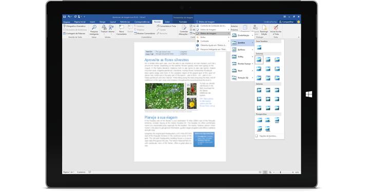 Um Surface mostrando o novo recurso Diga-me em um documento do Word.