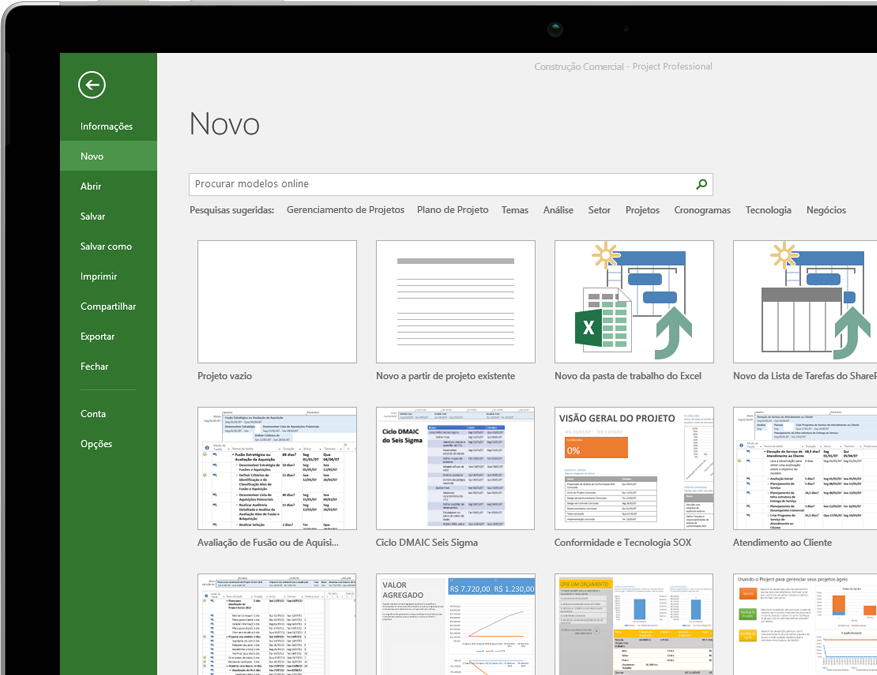 Dispositivo com o menu do arquivo Novo Projeto aberto com miniaturas de modelos