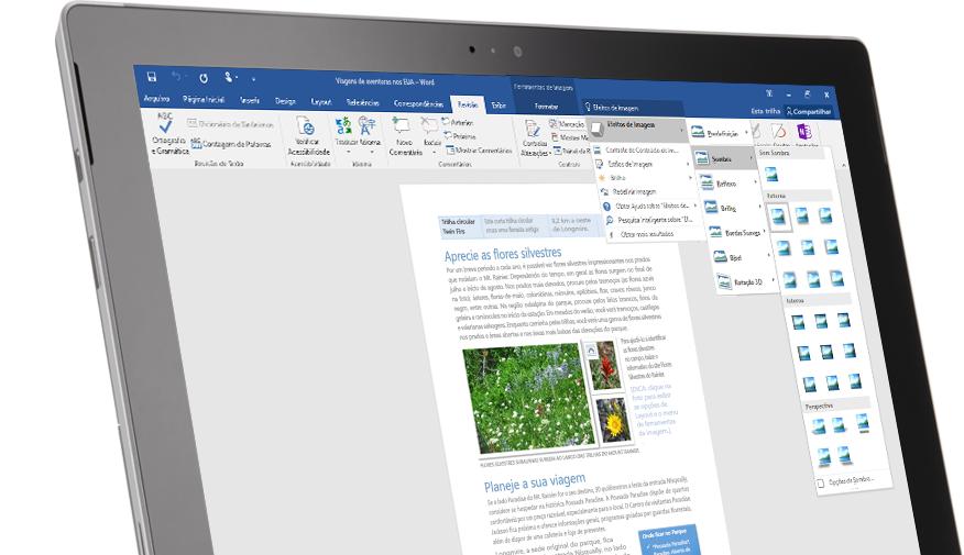 Um tablet Surface mostrando o recurso Diga-me em um documento do Word.