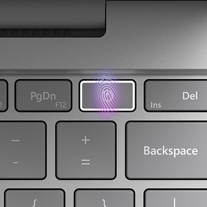 Grande plano da tecla de ligar/desligar do teclado