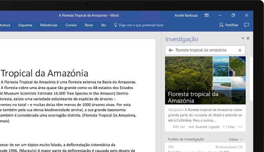 Um portátil a mostrar um documento do Word e um grande plano da funcionalidade Investigação com um artigo sobre a floresta amazónica