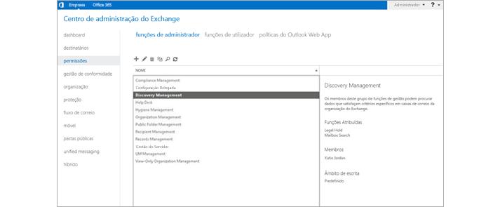 Captura de ecrã da página de permissões no centro de administração do Exchange onde pode gerir funções de administrador.