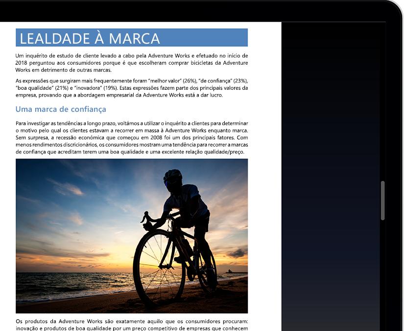 O ecrã de um tablet ou portátil a mostrar o Modo de Concentração no Microsoft Word