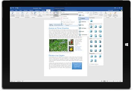 Um Surface a apresentar a nova funcionalidade Onde Está? num documento do Word.