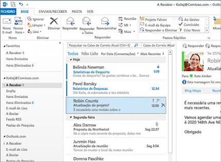 Uma captura de ecrã de uma pasta A Receber do Microsoft Outlook 2013 com uma lista e a pré-visualização das mensagens.
