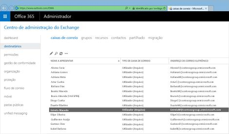 Grande plano de uma página no centro de administração do Exchange, onde pode gerir o seu sistema de e-mail.