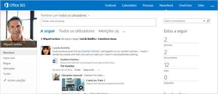 Captura de ecrã do newsfeed do SharePoint a mostrar a opção Partilhar com todos.